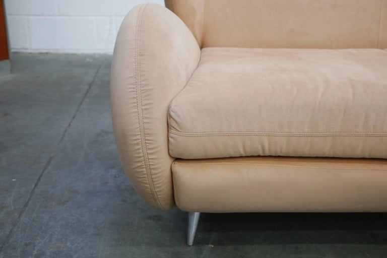 Vladimir Kagan for American Leather 'Fiftyish' Wingback Sofa, Signed For Sale 4