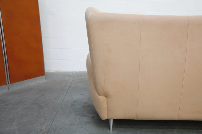 Vladimir Kagan for American Leather 'Fiftyish' Wingback Sofa, Signed For Sale 14