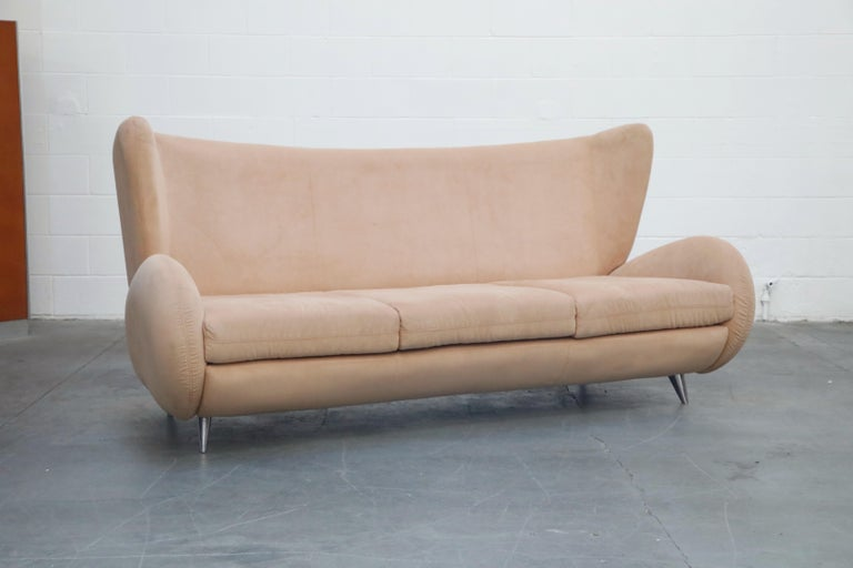 Post-Modern Vladimir Kagan for American Leather 'Fiftyish' Wingback Sofa, Signed For Sale