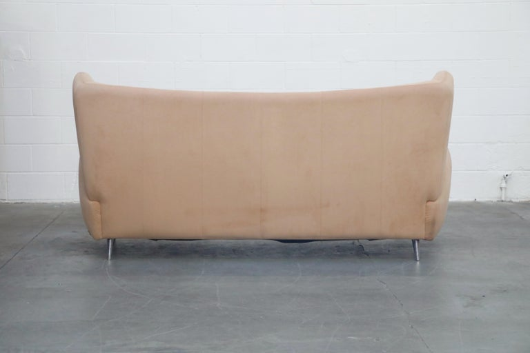 Vladimir Kagan for American Leather 'Fiftyish' Wingback Sofa, Signed For Sale 1