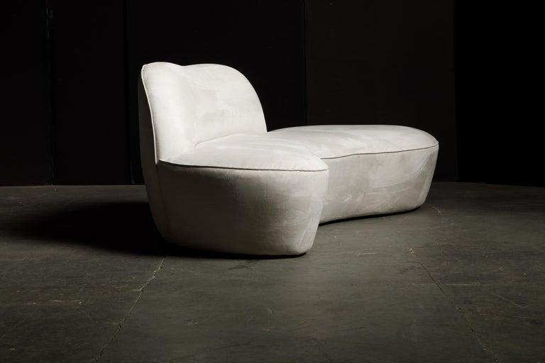 Vladimir Kagan for American Leather 'Zoe' Sofa in White Alcantara, Signed For Sale 4