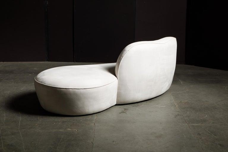 Vladimir Kagan for American Leather 'Zoe' Sofa in White Alcantara, Signed For Sale 7
