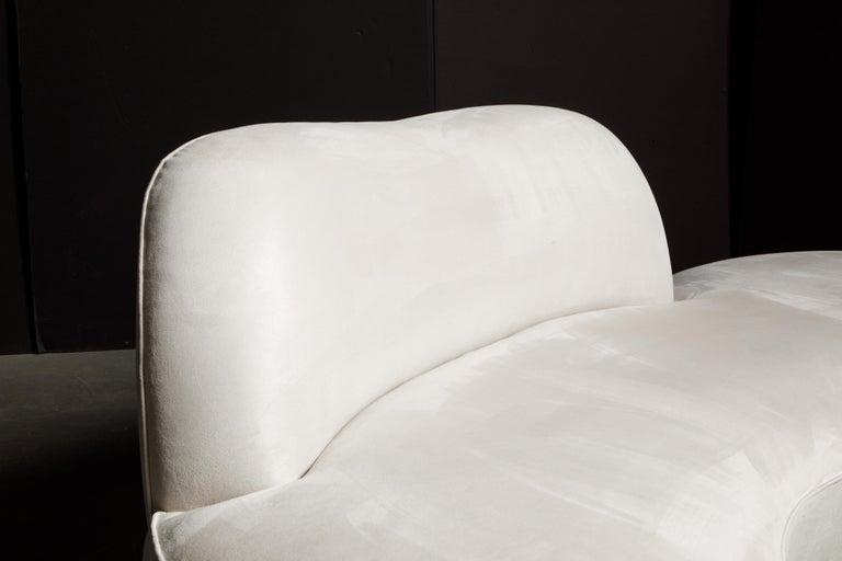 Vladimir Kagan for American Leather 'Zoe' Sofa in White Alcantara, Signed For Sale 9