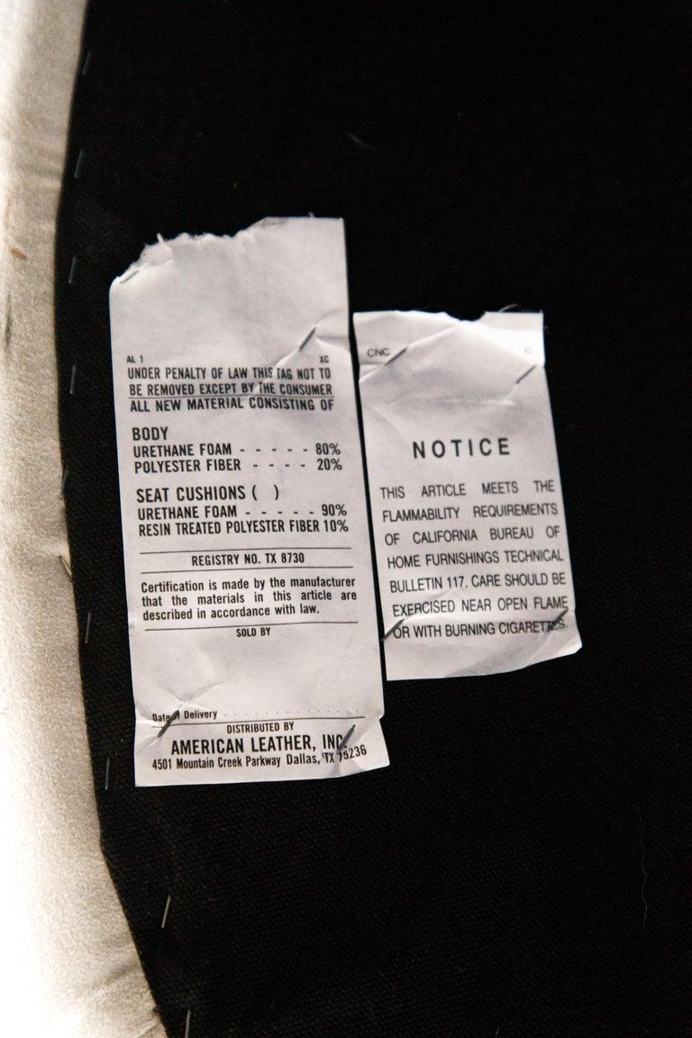 Vladimir Kagan for American Leather 'Zoe' Sofa in White Alcantara, Signed For Sale 14