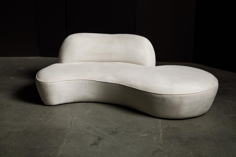 Ultrasuede Vladimir Kagan for American Leather 'Zoe' Sofa in White Alcantara, Signed For Sale