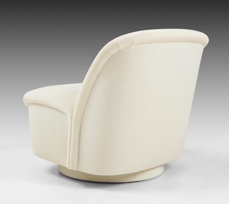 Vladimir Kagan for Directional Swivel Lounge Chairs in Ivory Velvet  For Sale 4