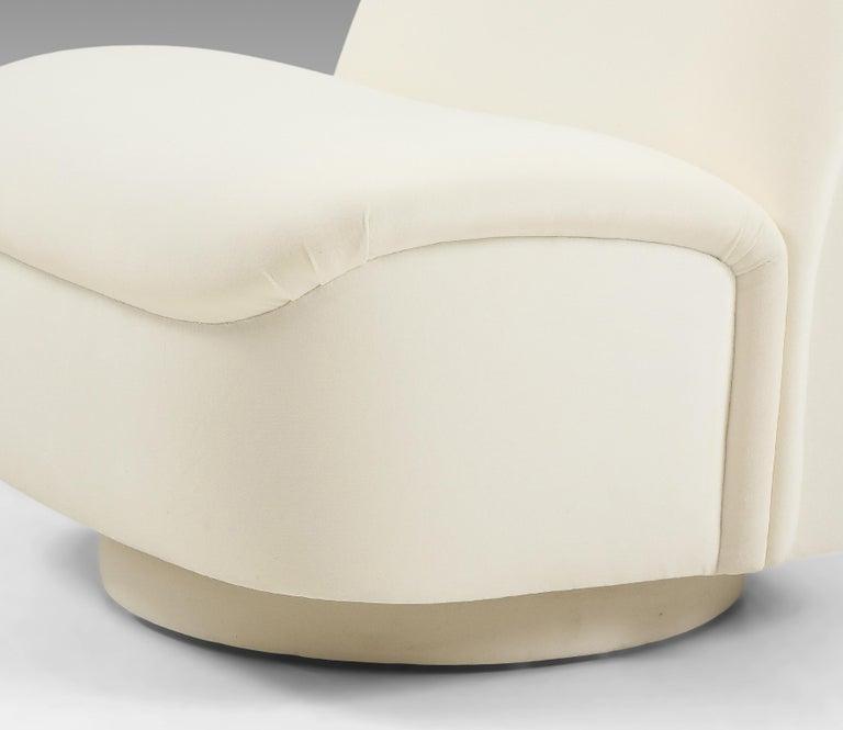 Vladimir Kagan for Directional Swivel Lounge Chairs in Ivory Velvet  For Sale 8