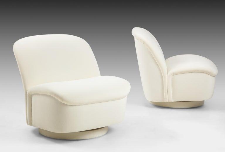 Mid-Century Modern Vladimir Kagan for Directional Swivel Lounge Chairs in Ivory Velvet  For Sale