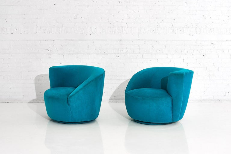 "Mid-Century Modern Vladimir Kagan for Directional ""Nautilus"" Swivel Chairs, 1980"