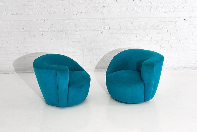 "20th Century Vladimir Kagan for Directional ""Nautilus"" Swivel Chairs, 1980"