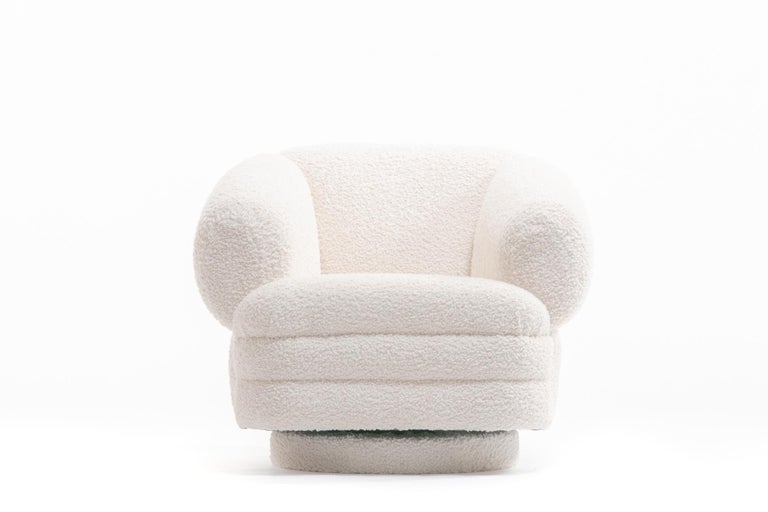 Post-Modern Vladimir Kagan for Directional Pair of Ivory Bouclé Swivel Chairs For Sale