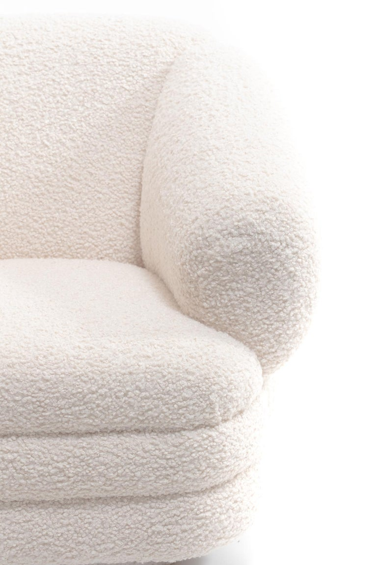 Vladimir Kagan for Directional Pair of Ivory Bouclé Swivel Chairs In Good Condition For Sale In Saint Louis, MO