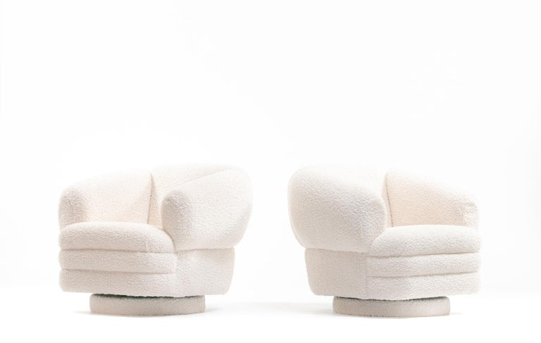 Vladimir Kagan for Directional Pair of Ivory Bouclé Swivel Chairs For Sale 3