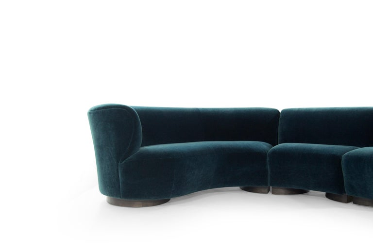 Vladimir Kagan for Directional Sectional in Teal Mohair, circa 1970s For Sale 4