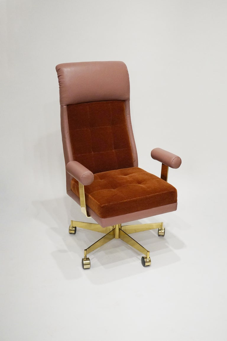 Late 20th Century Vladimir Kagan Leather and Mohair Executive Desk Chair, circa 1979, Signed  For Sale