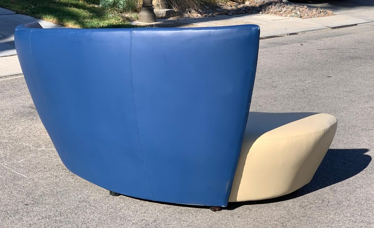 Vladimir Kagan Leather Tan and Navy Bilbao Sofa In Good Condition For Sale In Las Vegas, NV