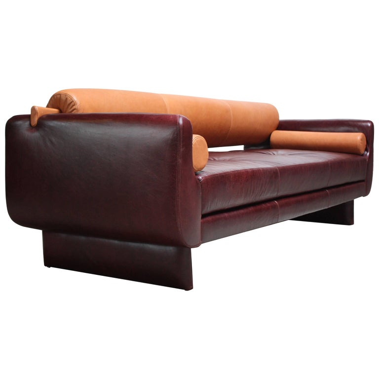 Vladimir Kagan Matinee Sofa Daybed In Leather