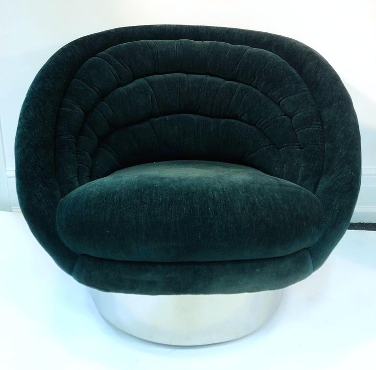 Vladimir Kagan Modern Lounge Chairs For Sale 1