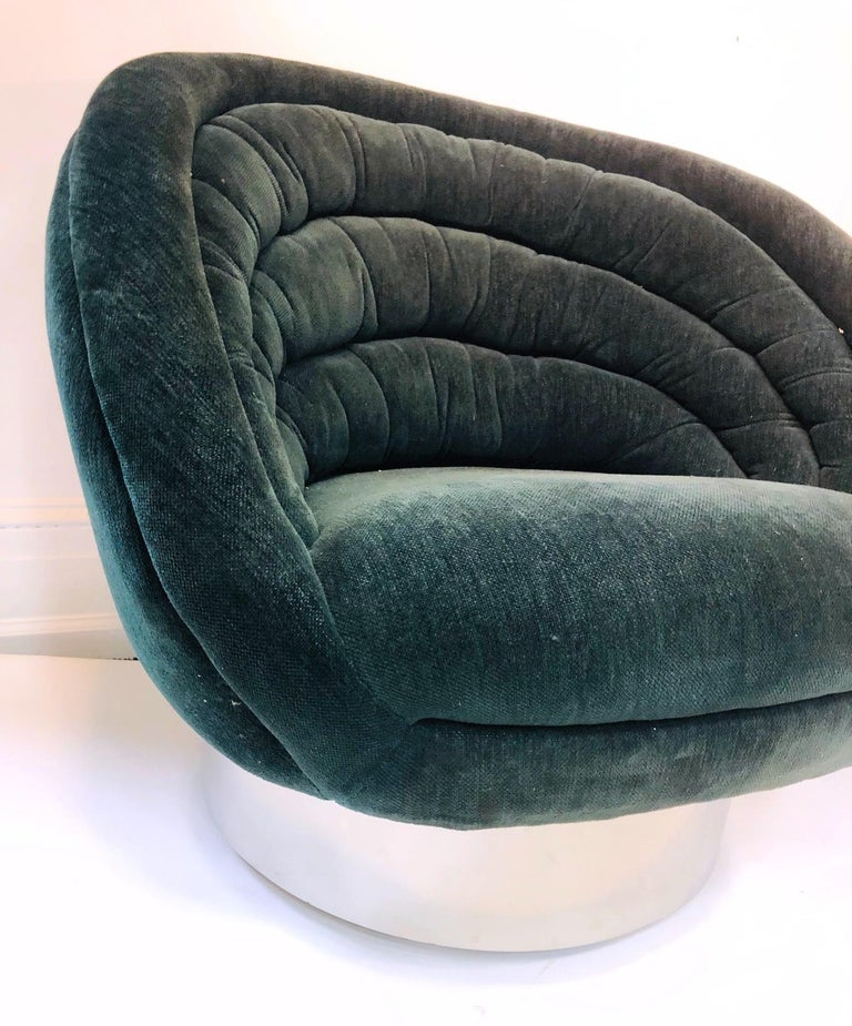 Vladimir Kagan Modern Lounge Chairs For Sale 3