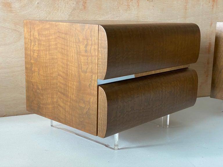 Mid-Century Modern Vladimir Kagan, Nightstands, Wood, Acrylic, Studio, America, 1970s For Sale