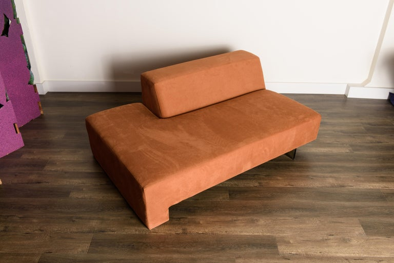 Vladimir Kagan 'Omnibus' Sectional Sofa with Lucite Legs, 1970s For Sale 3