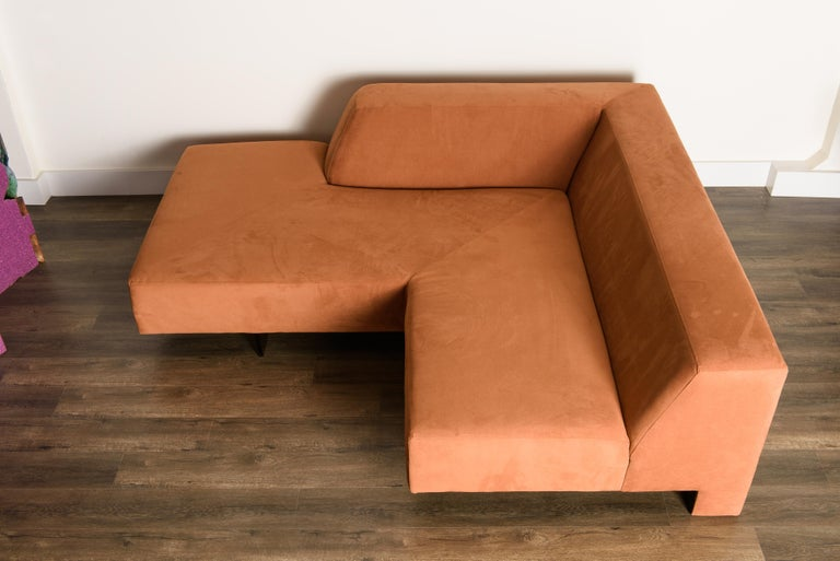 Vladimir Kagan 'Omnibus' Sectional Sofa with Lucite Legs, 1970s For Sale 6