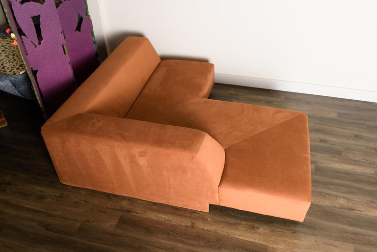 Vladimir Kagan 'Omnibus' Sectional Sofa with Lucite Legs, 1970s For Sale 7