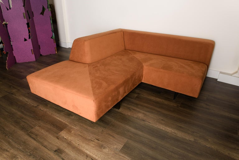 Vladimir Kagan 'Omnibus' Sectional Sofa with Lucite Legs, 1970s For Sale 8