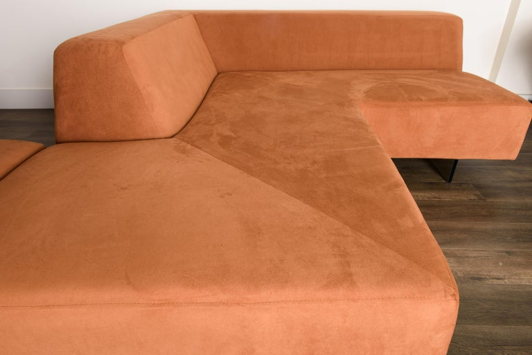 Vladimir Kagan 'Omnibus' Sectional Sofa with Lucite Legs, 1970s For Sale 10
