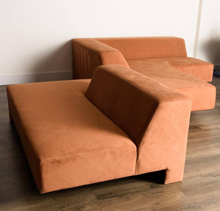 Vladimir Kagan 'Omnibus' Sectional Sofa with Lucite Legs, 1970s In Excellent Condition For Sale In Los Angeles, CA