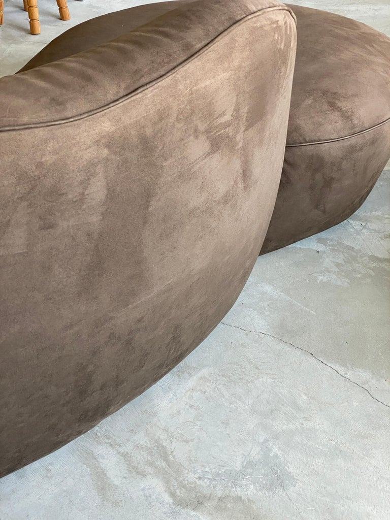 Late 20th Century Vladimir Kagan, Organic Sofa, Original Brown Velvet, circa 1999 For Sale