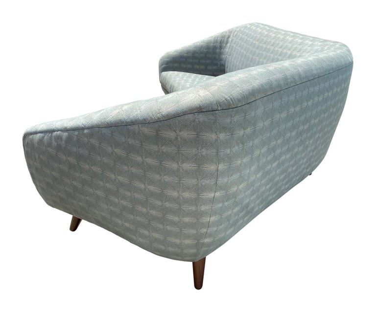 Vladimir Kagan, Rare Curved Sofa, Fabric, Ash, Weiman / Preview, 1980s, America In Good Condition For Sale In West Palm Beach, FL