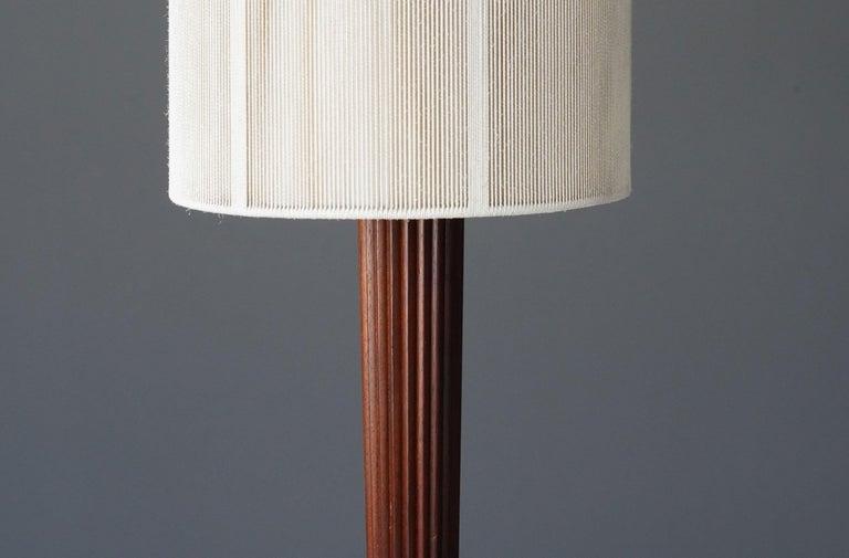 Vladimir Kagan, Rare Floor Lamps, Aluminium, Mahogany, Nylon, Kagan-Dreyfus 1958 In Excellent Condition For Sale In West Palm Beach, FL
