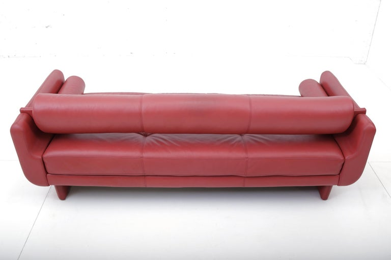 "Vladimir Kagan Red Leather ""Matinee"" Sofa Daybed For Sale 3"