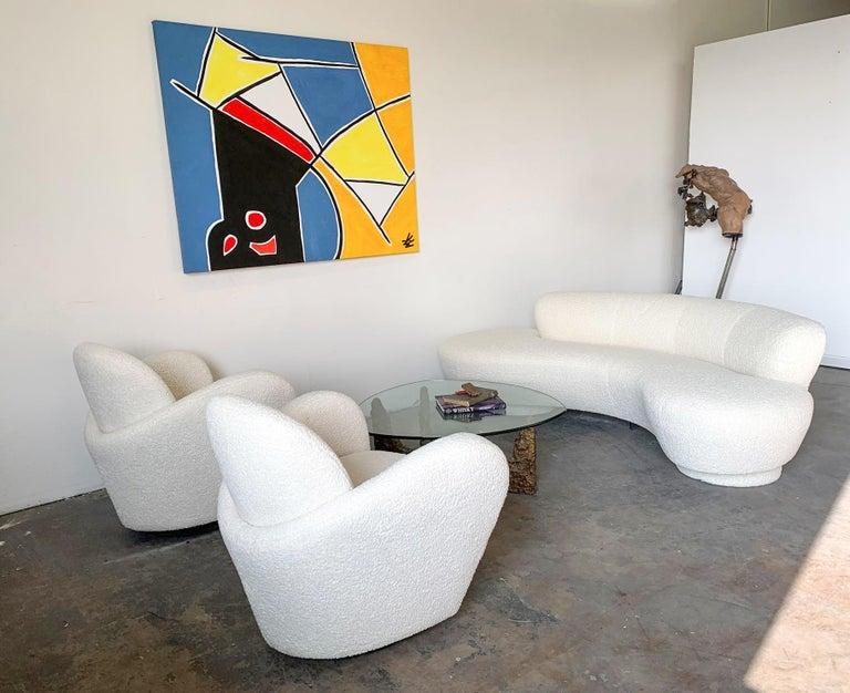 Post-Modern Vladimir Kagan Serpentine Cloud Sofa Upholstered in Heavy Boucle For Sale