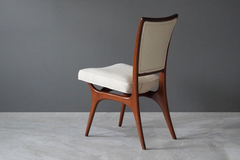 Mid-Century Modern Vladimir Kagan, Side Chair, Walnut, White Boucle, Kagan-Dreyfus 1960s For Sale