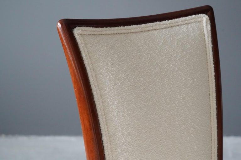 Mid-20th Century Vladimir Kagan, Side Chair, Walnut, White Boucle, Kagan-Dreyfus 1960s For Sale