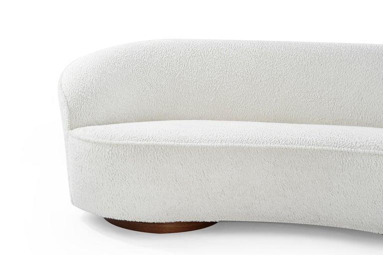 Contemporary Vladimir Kagan 'Sloane' Sofa, Model 7550 For Sale