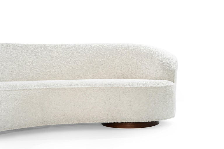 Vladimir Kagan 'Sloane' Sofa, Model 7550 For Sale 1