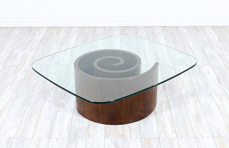 """Mid-Century Modern Vladimir Kagan """"Snail"""" Coffee Table with Glass Top for Selig For Sale"""