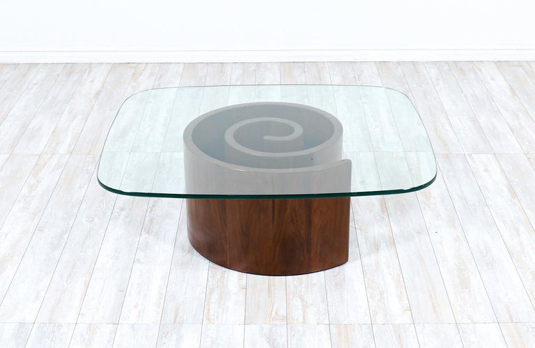 """American Vladimir Kagan """"Snail"""" Coffee Table with Glass Top for Selig For Sale"""