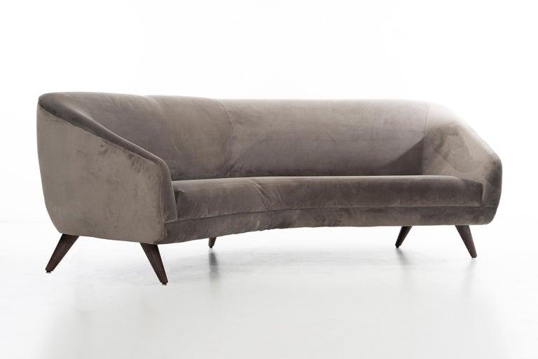 Mid-Century Modern Vladimir Kagan Sofa For Sale