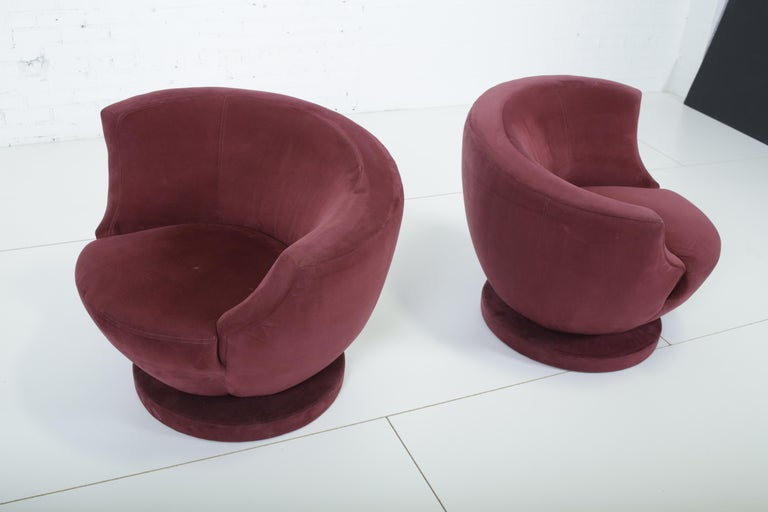 Mid-Century Modern Vladimir Kagan Swivel Chairs for Directional For Sale