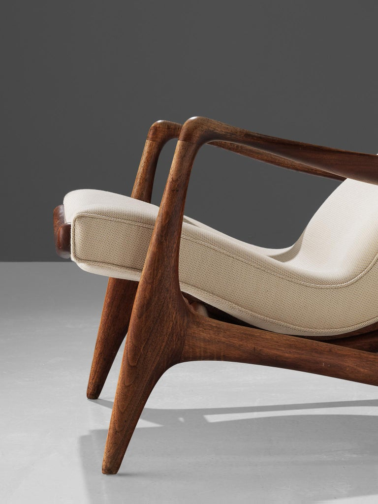 Vladimir Kagan Teak and Ivory Fabric 'Contour' Chair In Good Condition For Sale In Waalwijk, NL