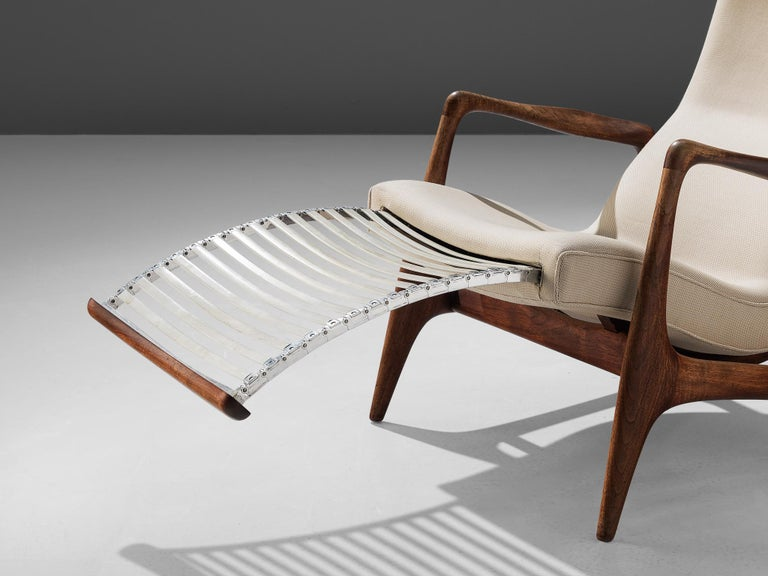 Vladimir Kagan Teak and Ivory Fabric 'Contour' Chair For Sale 1