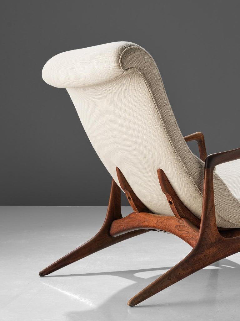 Vladimir Kagan Teak and Ivory Fabric 'Contour' Chair For Sale 2