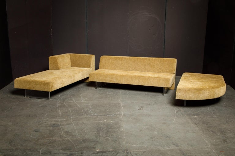 Vladimir Kagan Three Piece 'Omnibus' Sectional Sofa with Lucite Legs, Signed For Sale 8