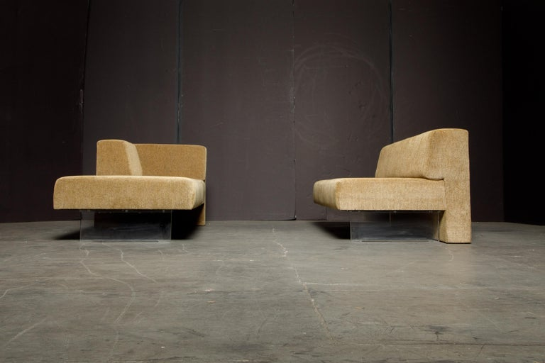 Vladimir Kagan Three Piece 'Omnibus' Sectional Sofa with Lucite Legs, Signed For Sale 9