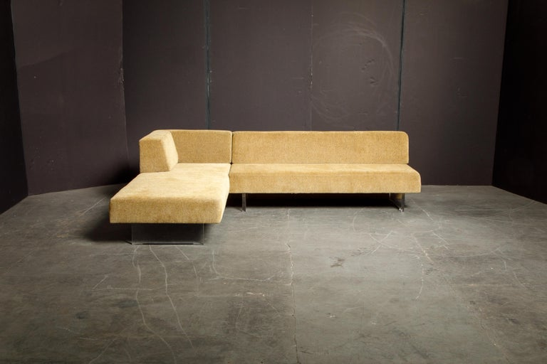 Vladimir Kagan Three Piece 'Omnibus' Sectional Sofa with Lucite Legs, Signed For Sale 10