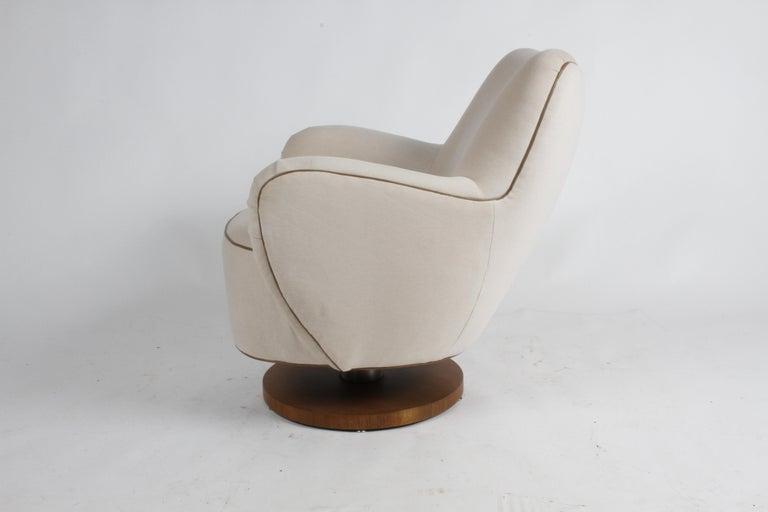 American Vladimir Kagan Tilt-Swivel Barrel Lounge Chair Model 100-S w/ Holly Hunt Velvet For Sale